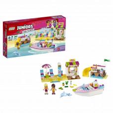 Конструктор LEGO Juniors День на пляже с Андреа и Стефани (10747)